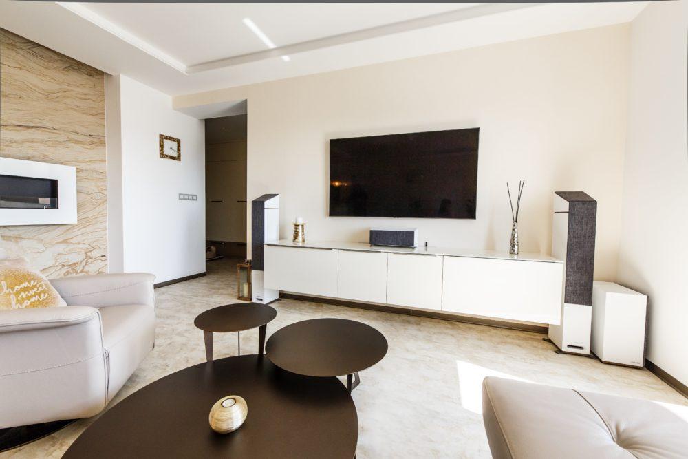 Luxusný byt s nábytkom a dverami HANÁK